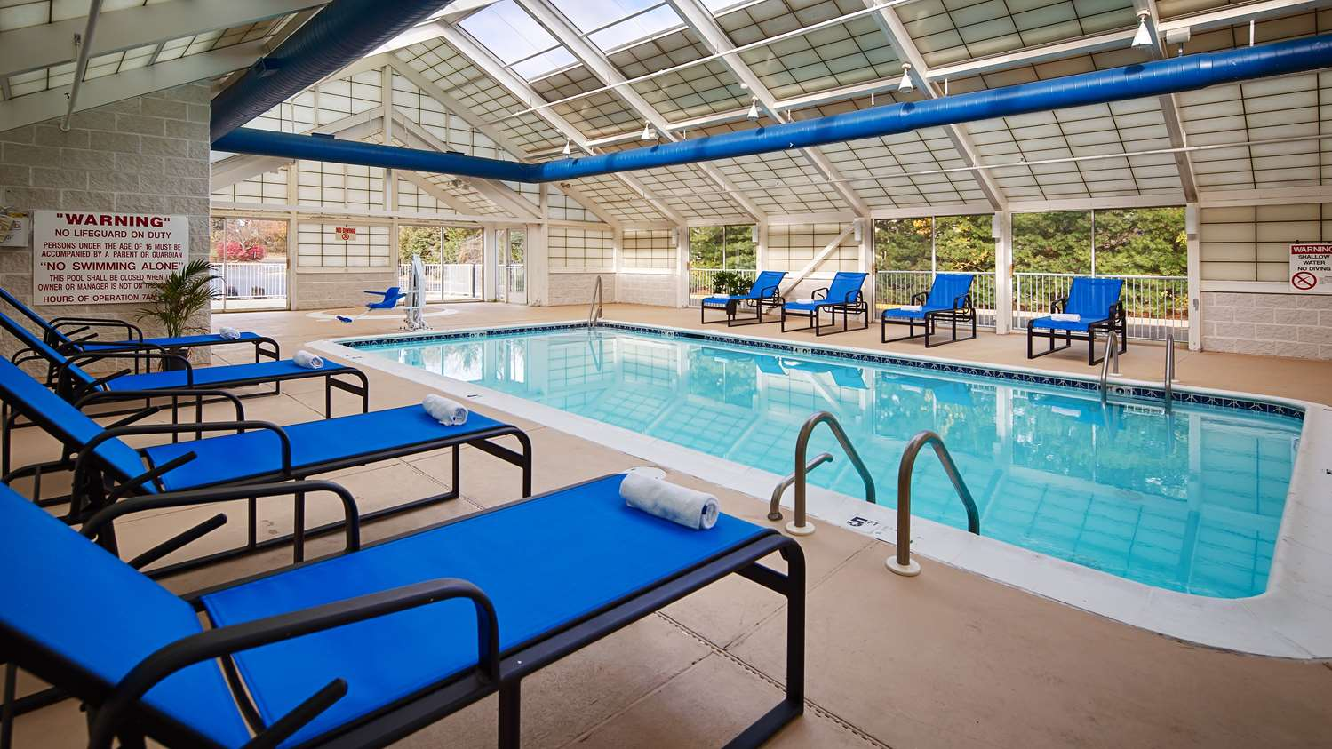 Pool - Best Western Inn Mt Holly