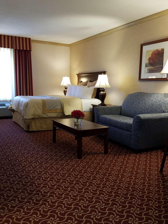 Suite - Best Western Plus Morristown Inn