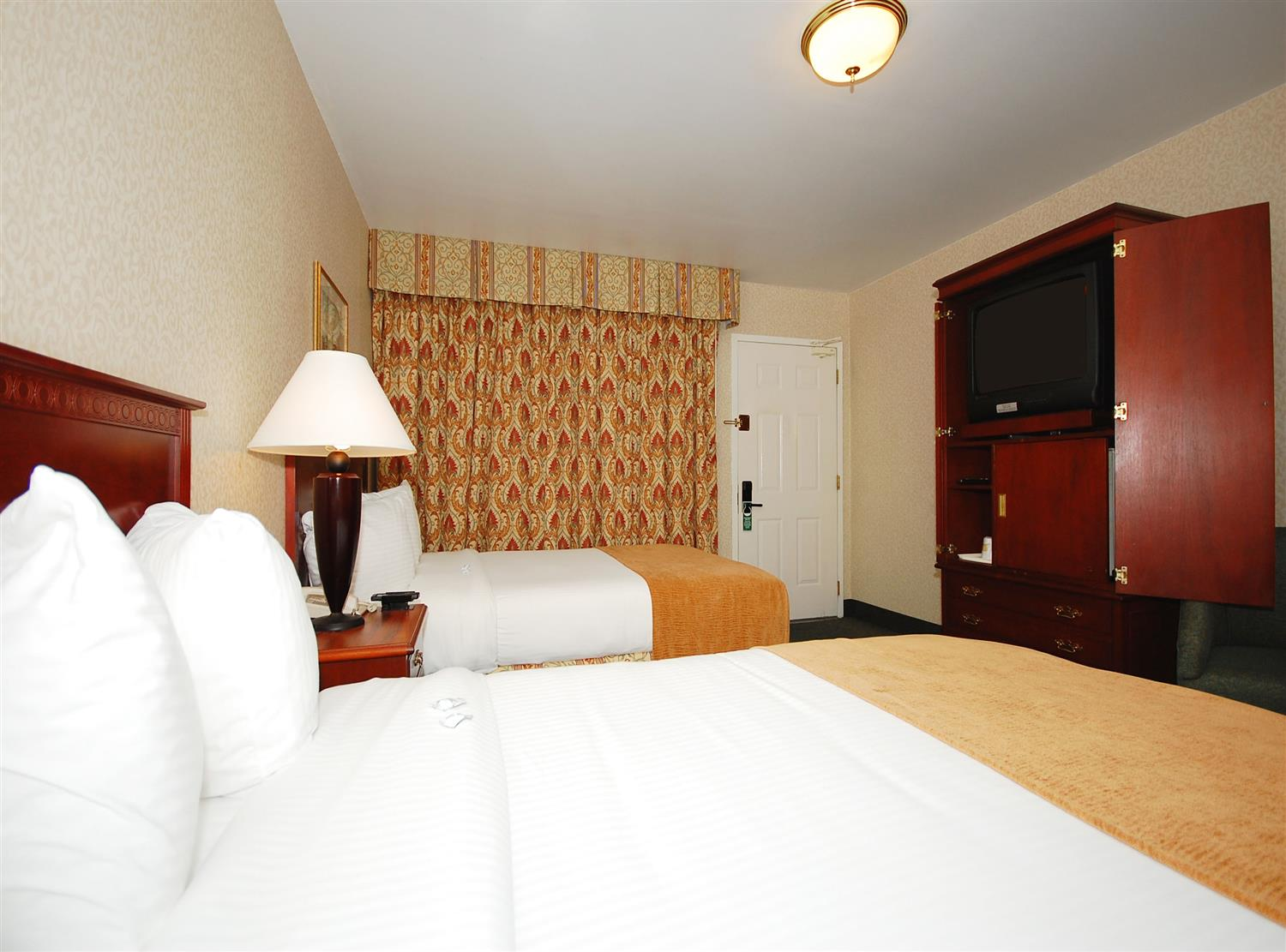 Room - Best Western Fort Lee Inn