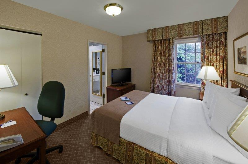 Suite - Best Western Fort Lee Inn