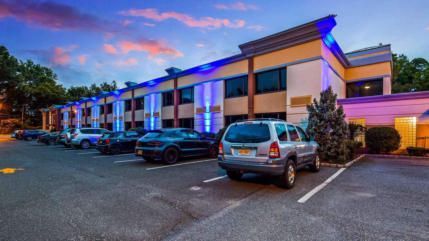 Exterior view - Best Western Inn at Ramsey