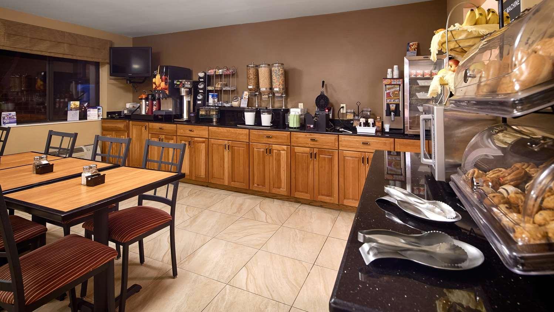 Restaurant - Best Western Inn & Suites Monmouth Junction