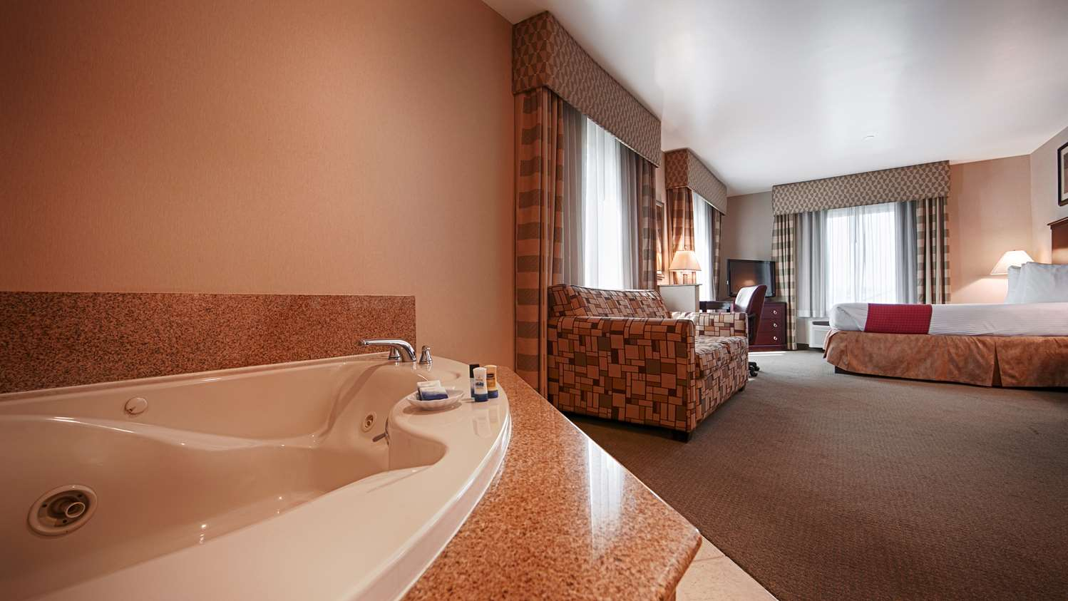 Suite - Best Western Riverview Inn Suites Rahway