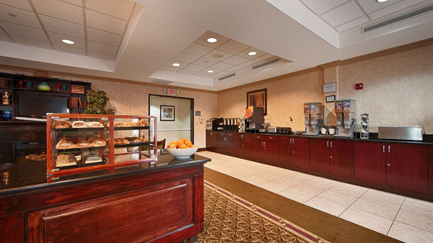 Restaurant - Best Western Riverview Inn Suites Rahway
