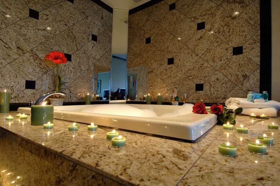 Pool - Best Western Monroe Inn & Suites Williamstown