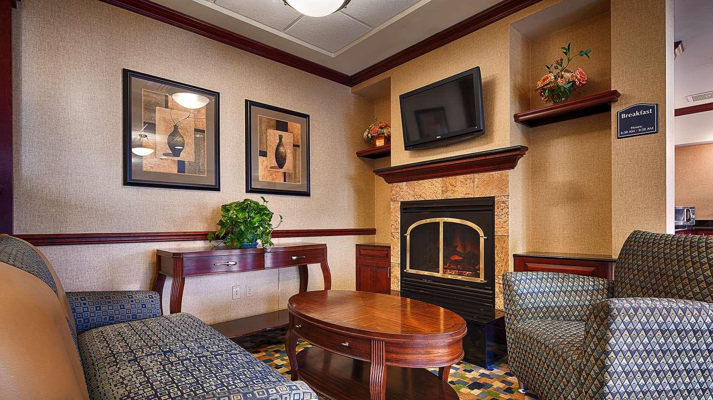 Lobby - Best Western Monroe Inn & Suites Williamstown