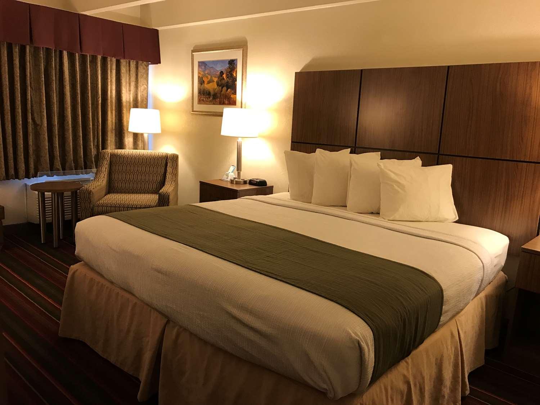 Room - Best Western El Rancho Palacio Motel Roswell