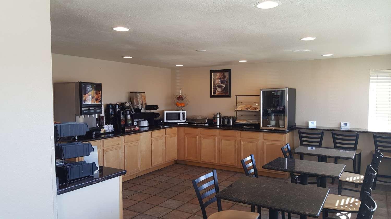 Restaurant - Best Western El Rancho Palacio Motel Roswell