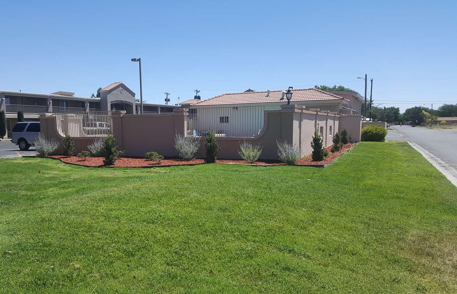Exterior view - Best Western El Rancho Palacio Motel Roswell