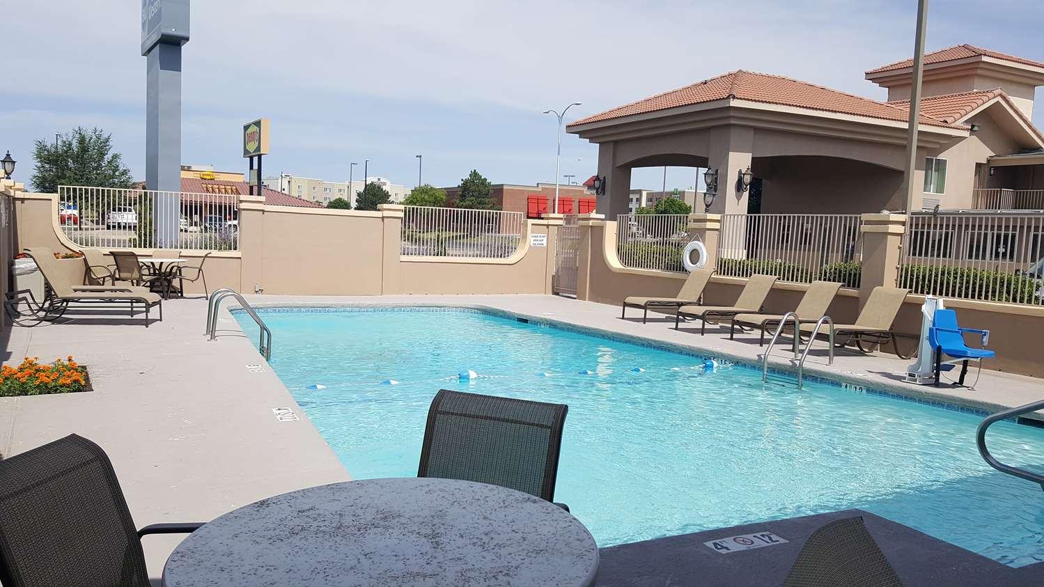 Pool - Best Western El Rancho Palacio Motel Roswell