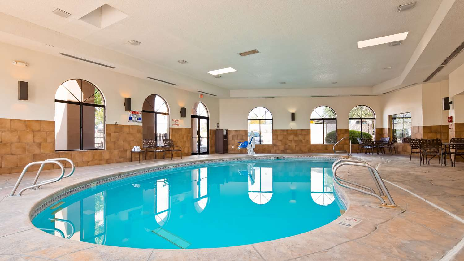 Pool - Best Western Plus University Inn Santa Fe