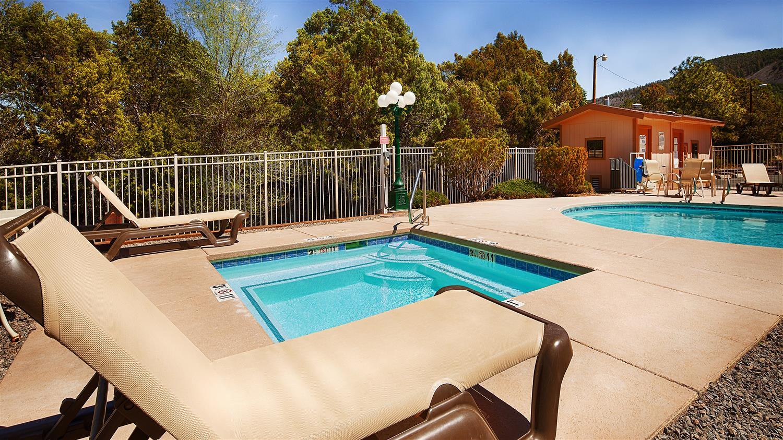 Pool - Best Western Pine Springs Inn Ruidoso