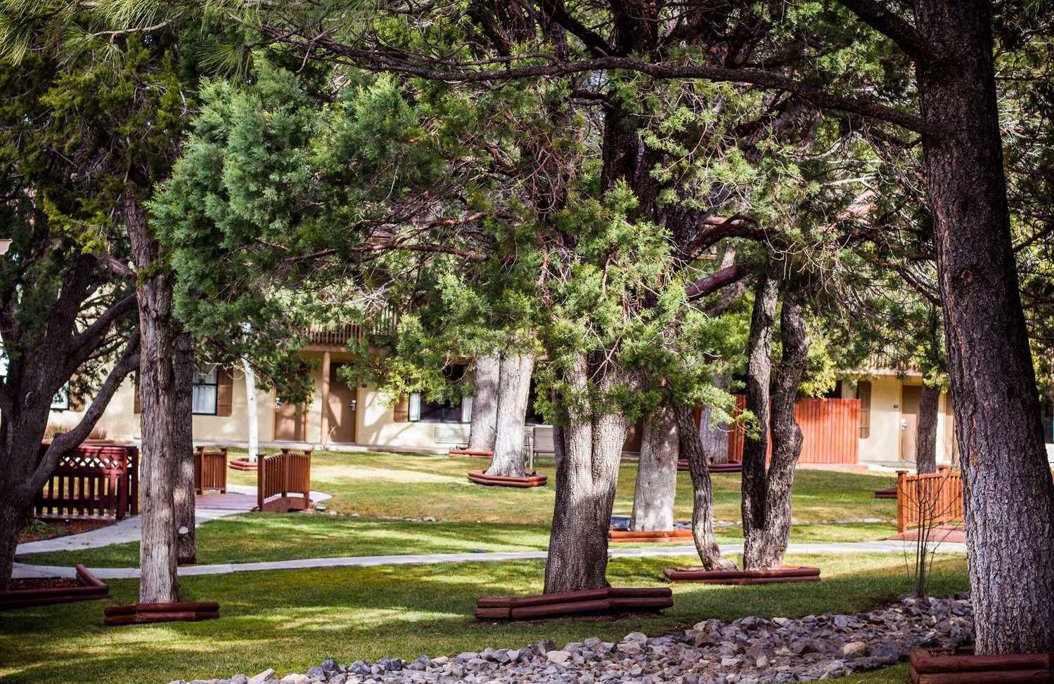 Exterior view - Best Western Pine Springs Inn Ruidoso