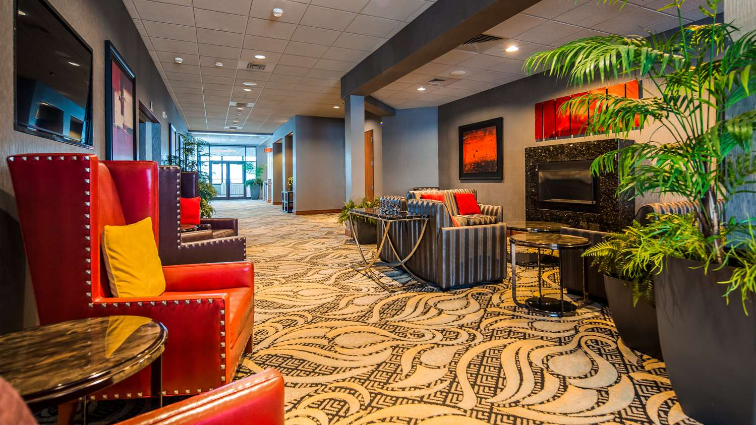 Lobby - Best Western Plus Oswego Hotel & Conference Center