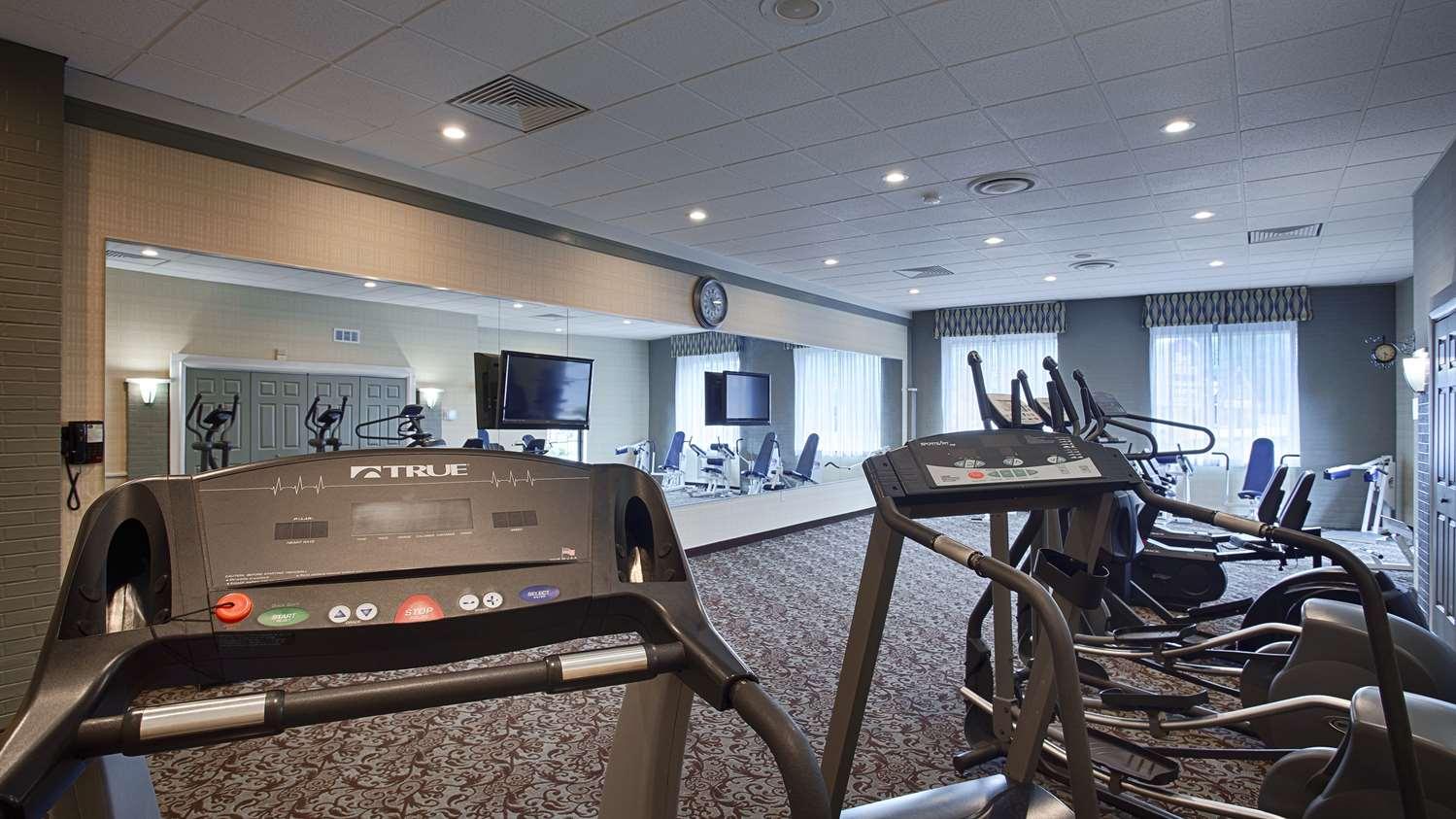Fitness/ Exercise Room - Best Western Summit Inn Niagara Falls