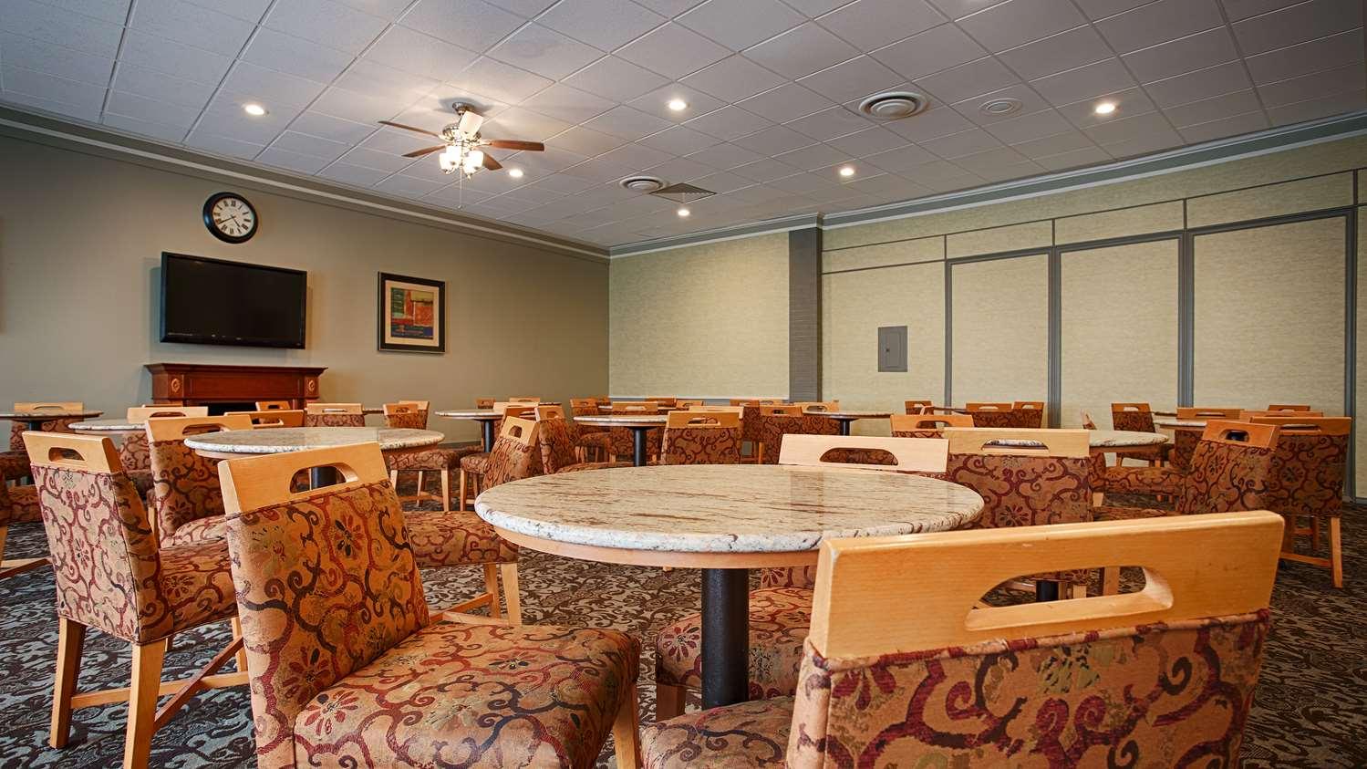 Restaurant - Best Western Summit Inn Niagara Falls