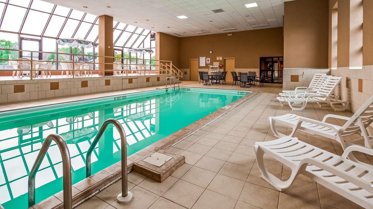 Pool - Best Western Watertown Fort Drum Hotel