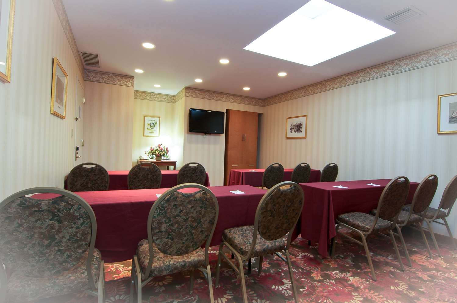 Meeting Facilities - Best Western Woodbury Inn