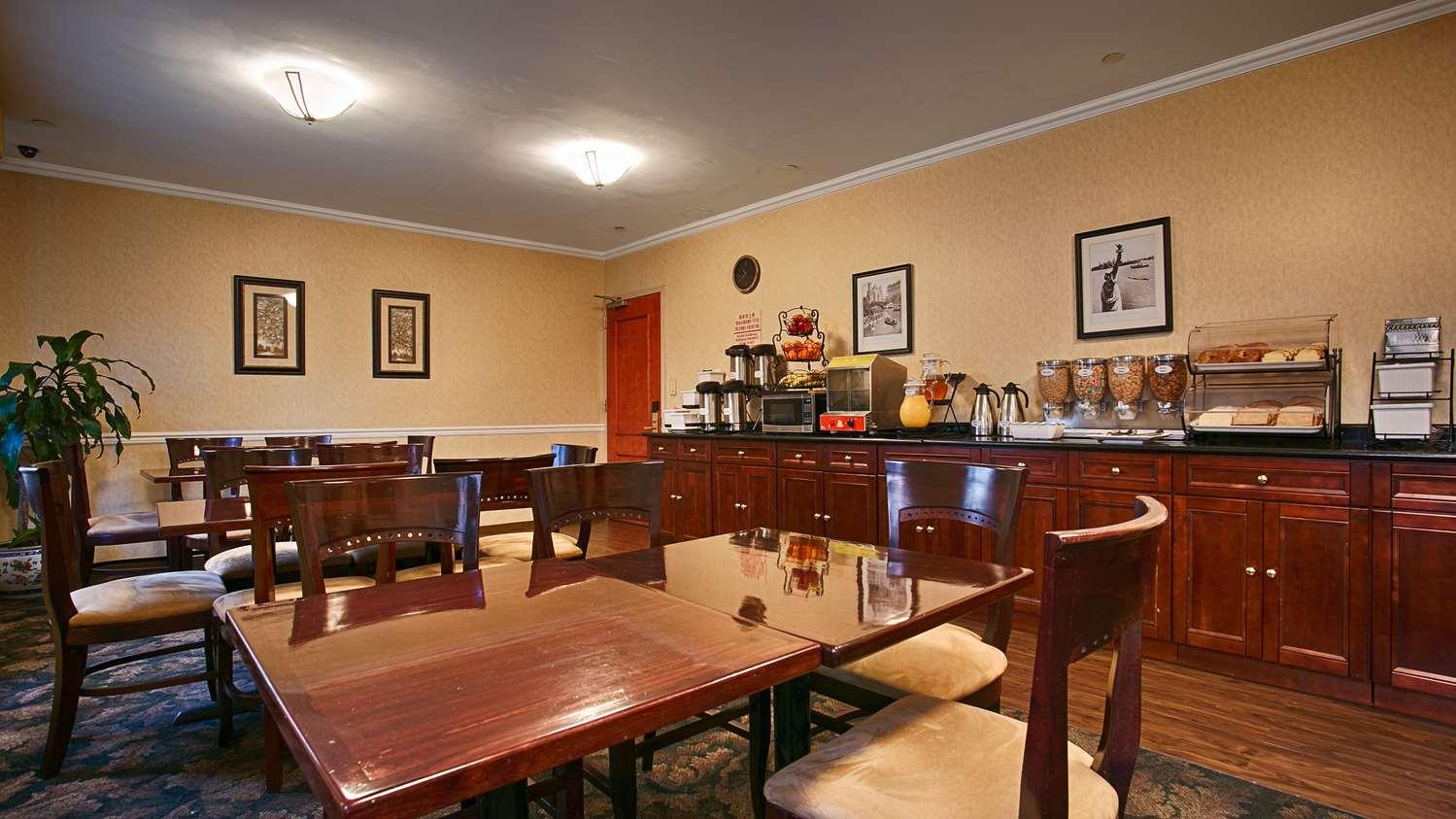 Restaurant - Best Western Queens Court Hotel Flushing Queens