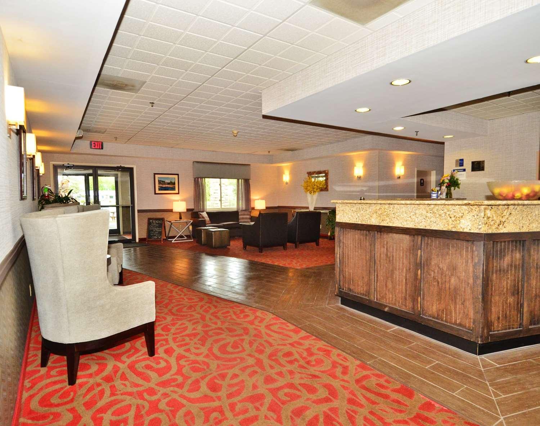 Lobby - Best Western Saranac Lake Hotel