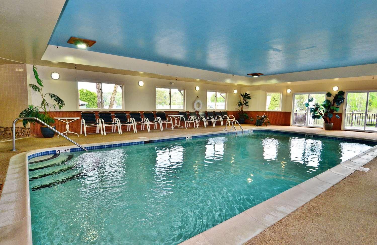 Pool - Best Western Saranac Lake Hotel