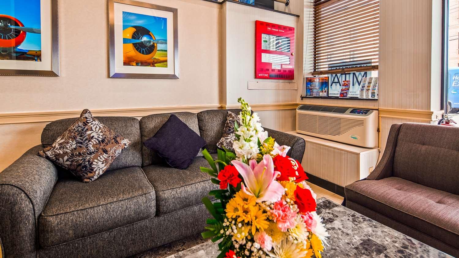 Lobby - Best Western Queens JFK Airport Inn Jamaica