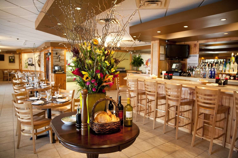 Restaurant - Best Western Mill River Motel Rockville Centre