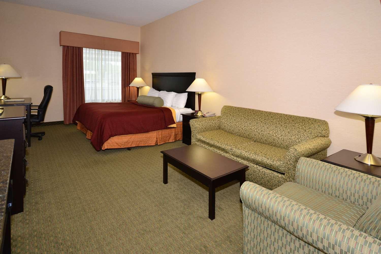 Suite - Best Western Plus Victor Inn & Suites