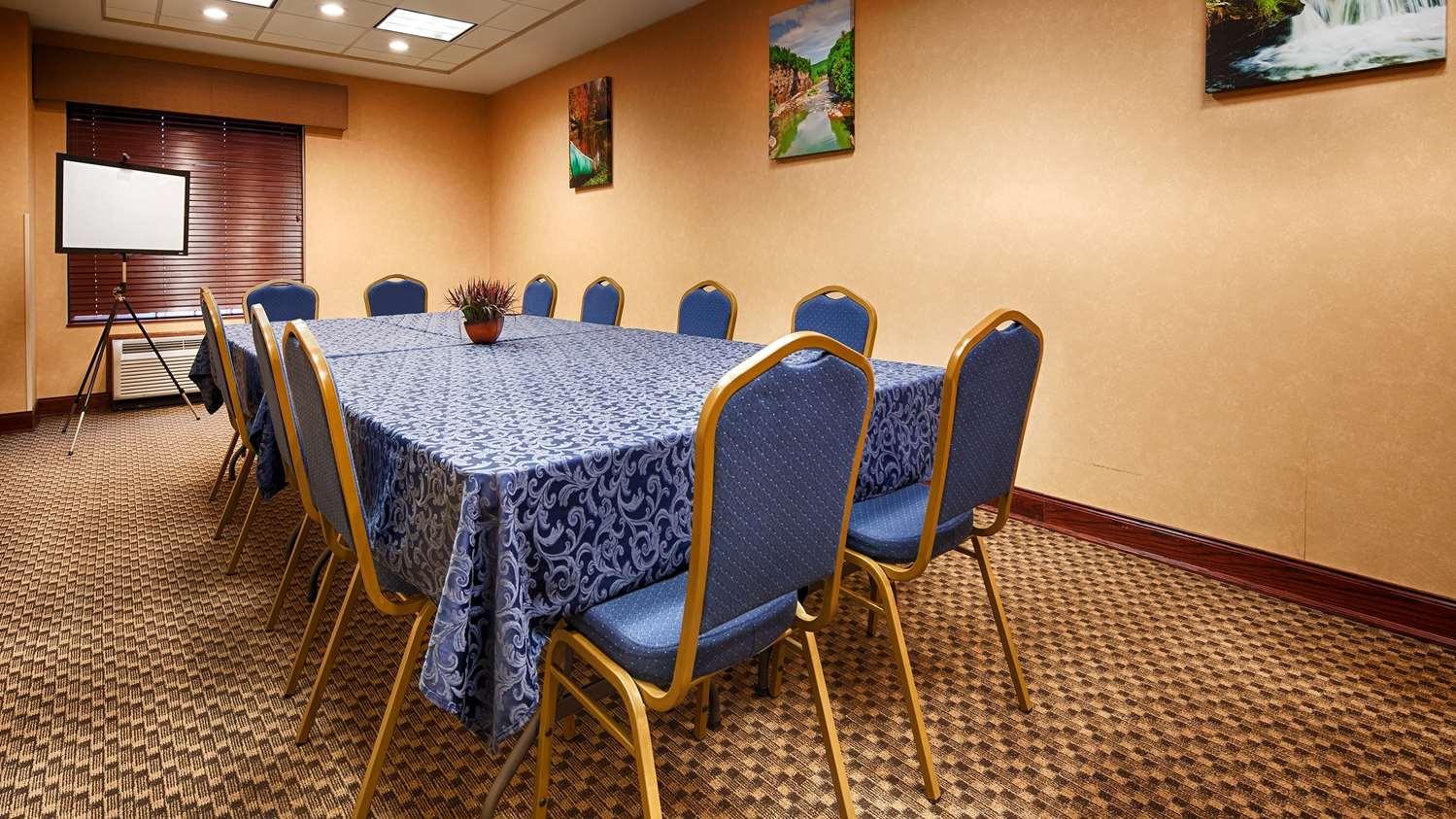 Meeting Facilities - Best Western Plus Victor Inn & Suites
