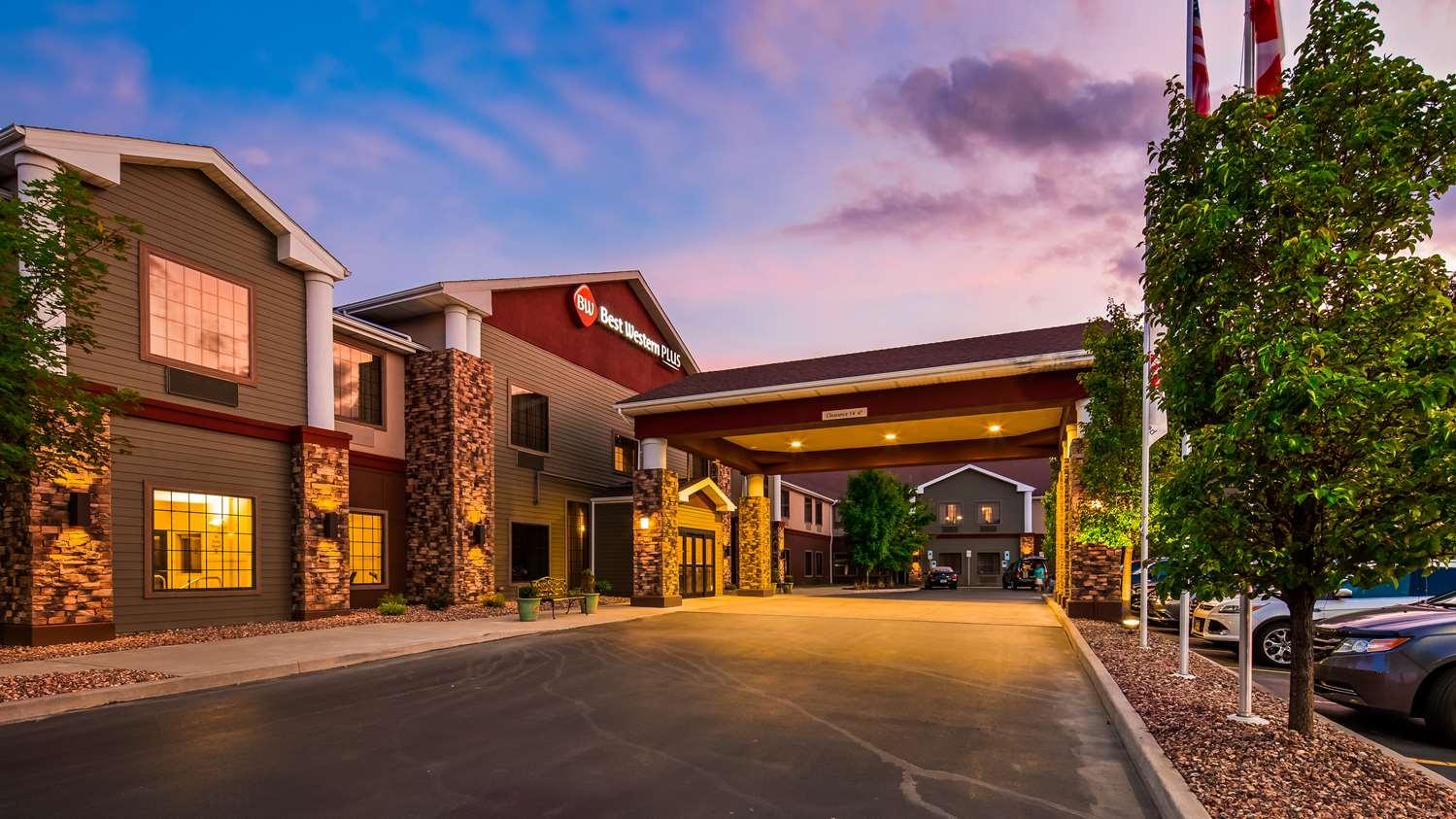 Exterior view - Best Western Plus Victor Inn & Suites