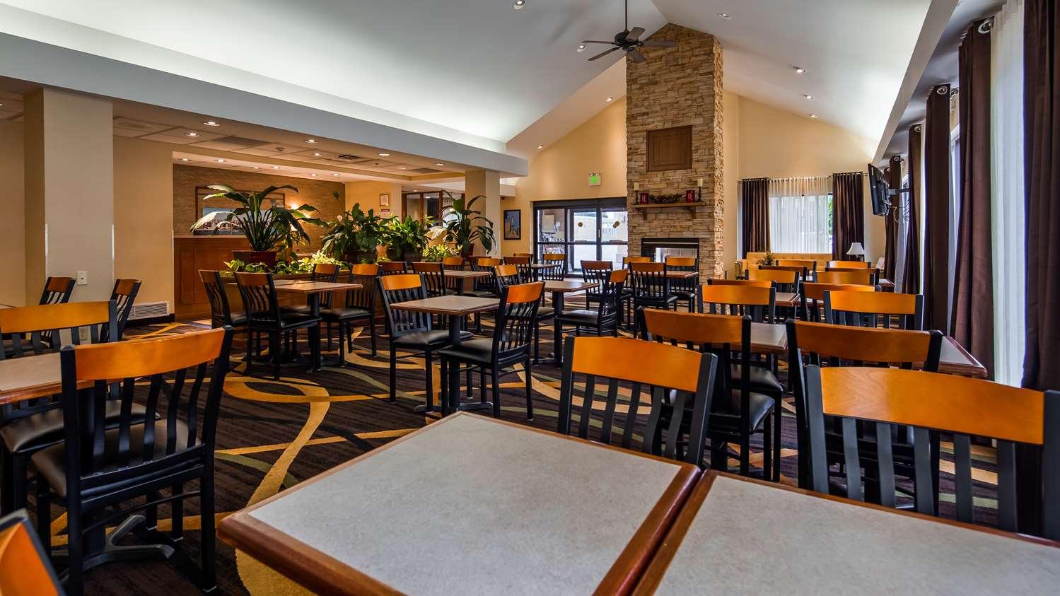Restaurant - Best Western Plus Galleria Inn & Suites Cheektowaga