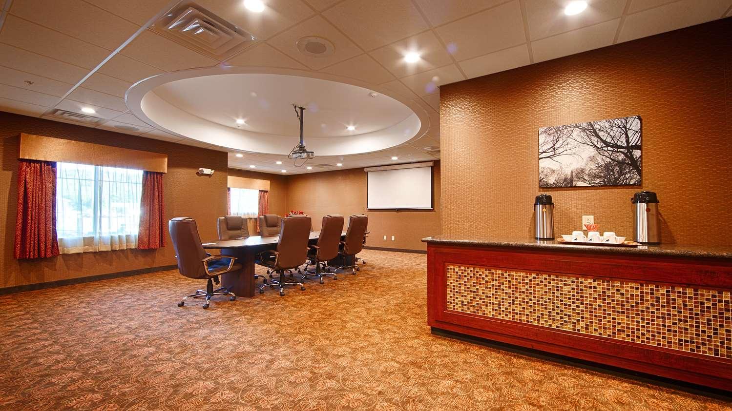 Meeting Facilities - Best Western Plus Finger Lakes Inn & Suites Cortland
