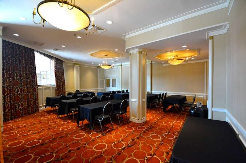 Meeting Facilities - Best Western Queens Gold Coast Hotel Bayside