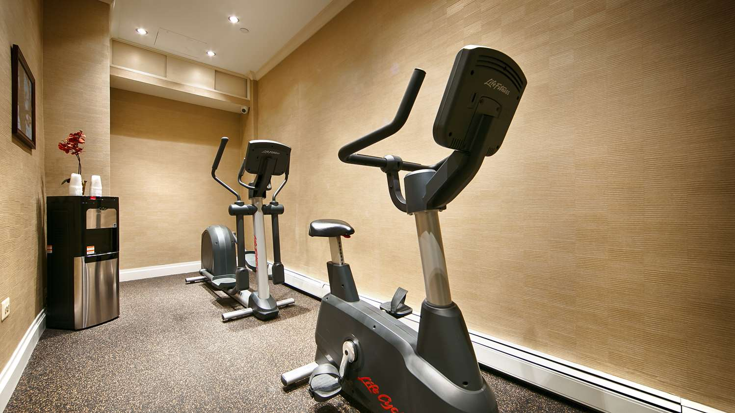 Fitness/ Exercise Room - Best Western Queens Gold Coast Hotel Bayside
