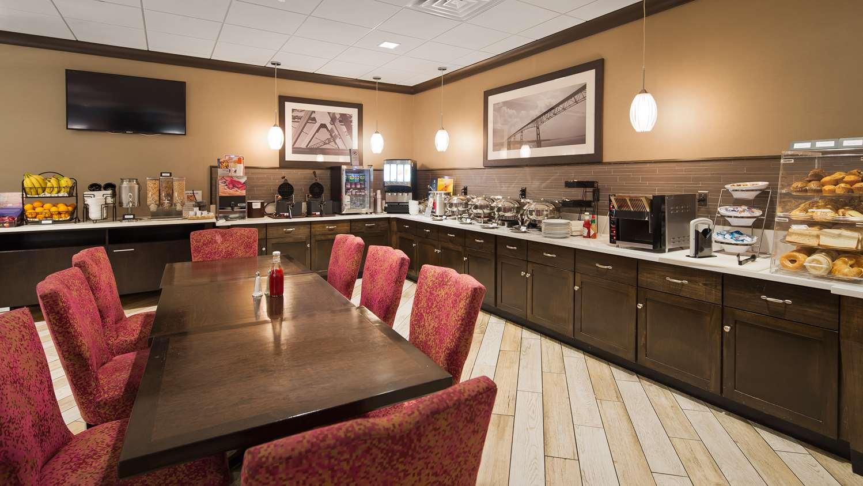 Restaurant - Best Western Plus Hotel & Conference Center Kingston
