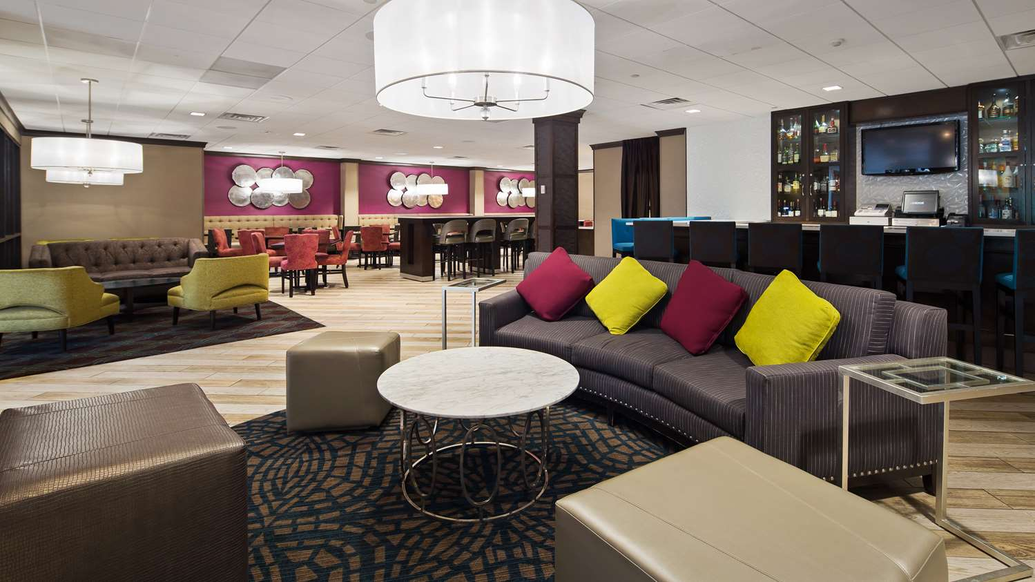 Lobby - Best Western Plus Hotel & Conference Center Kingston