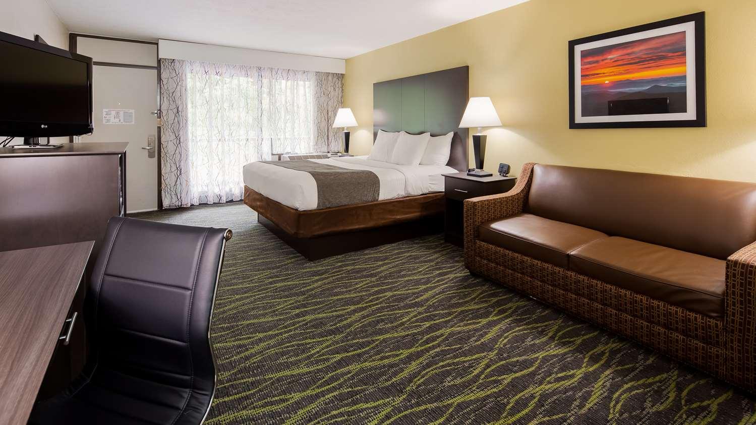 Suite - Best Western Inn East Asheville