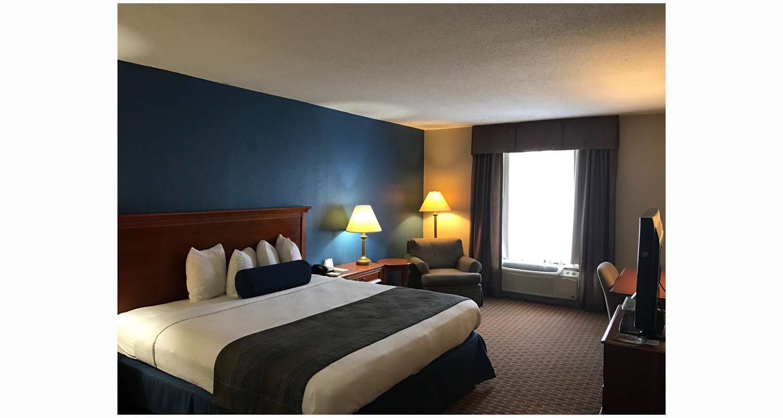 Room - Best Western Plus Cary Inn