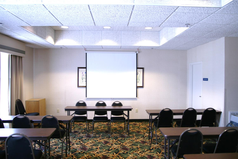 Meeting Facilities - Best Western Plus Silver Creek Inn Swansboro