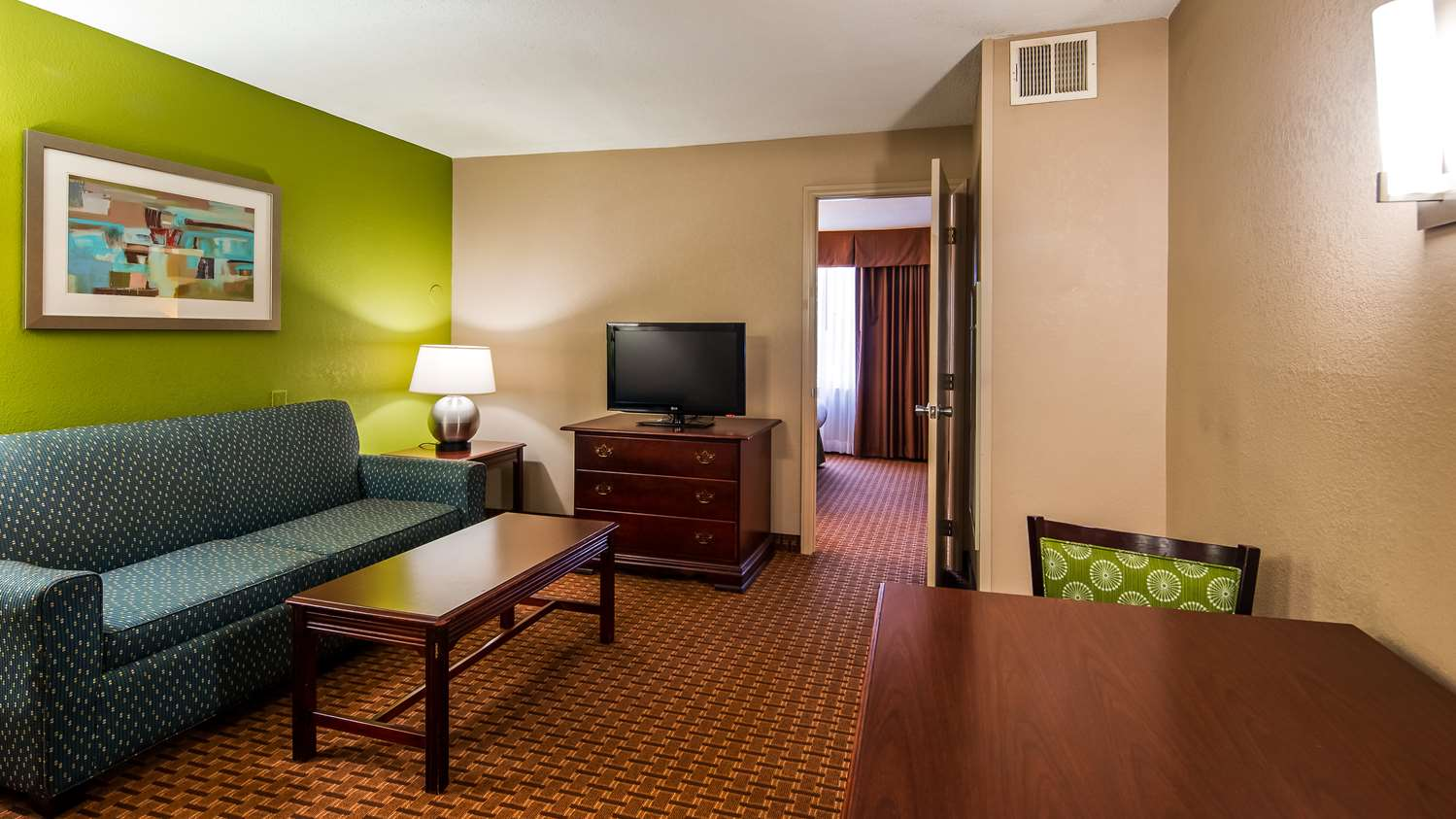 Suite - Best Western Raleigh North Downtown Inn