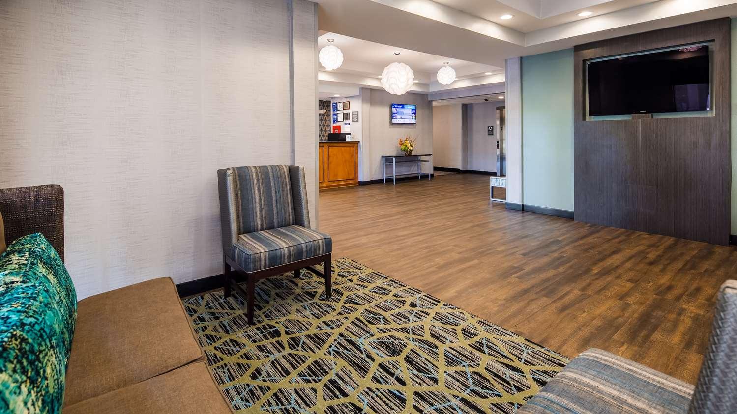 Lobby - Best Western Smithfield Inn