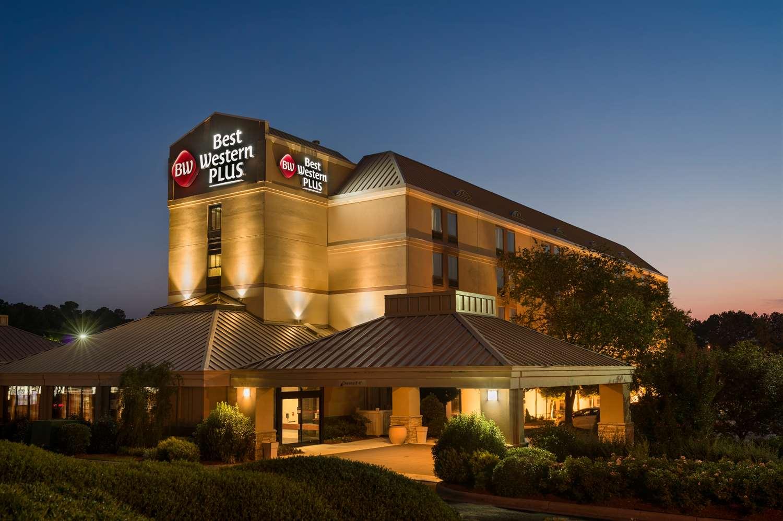 Exterior view - Best Western Plus Goldsboro Hotel ...