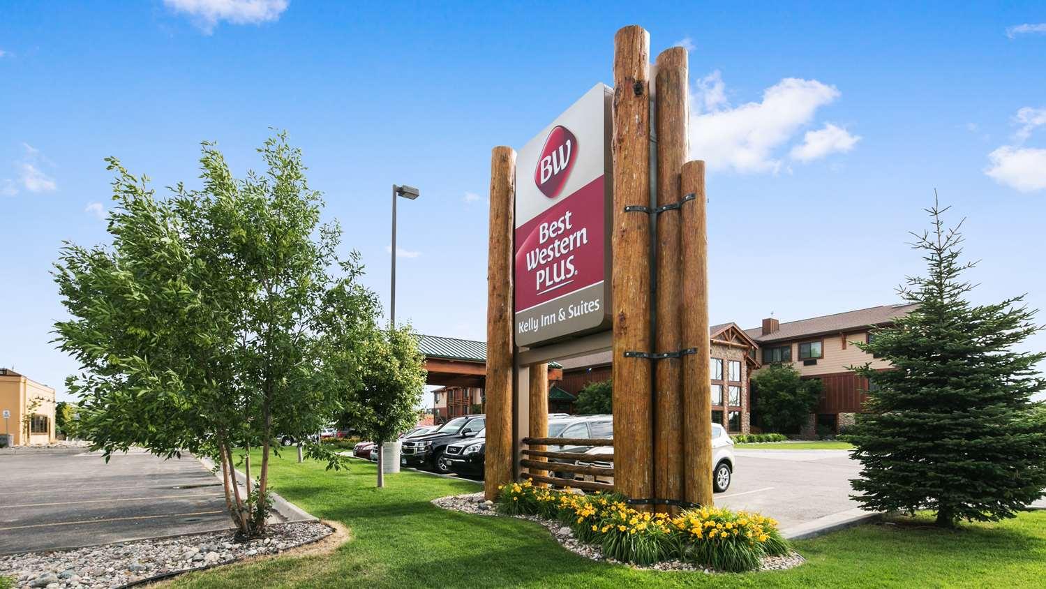 Exterior view - Best Western Plus Kelly Inn & Suites Fargo