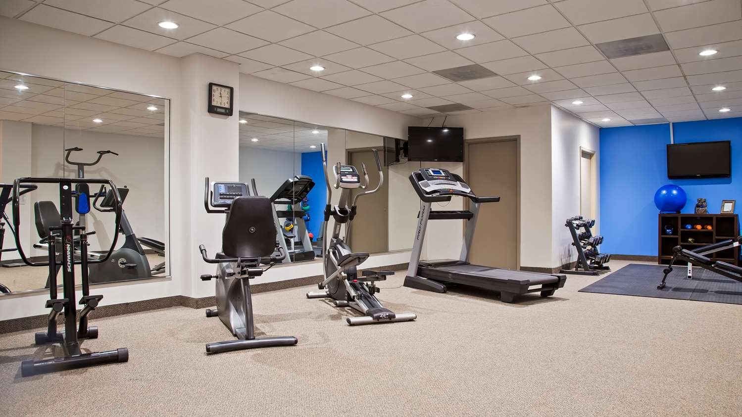 Fitness/ Exercise Room - Best Western Hotel Wooster