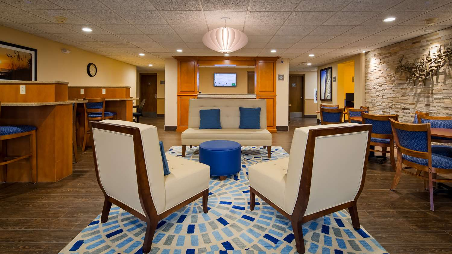 Best Western Hotel Port Clinton, OH - See Discounts