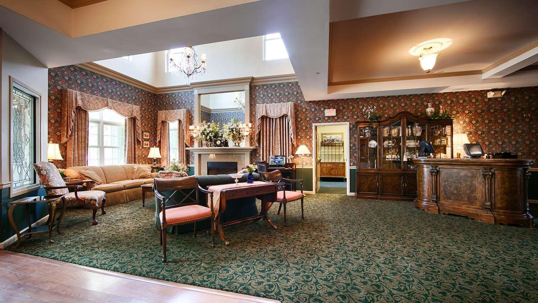 Lobby - Best Western Plus Lawnfield Inn & Suites Mentor