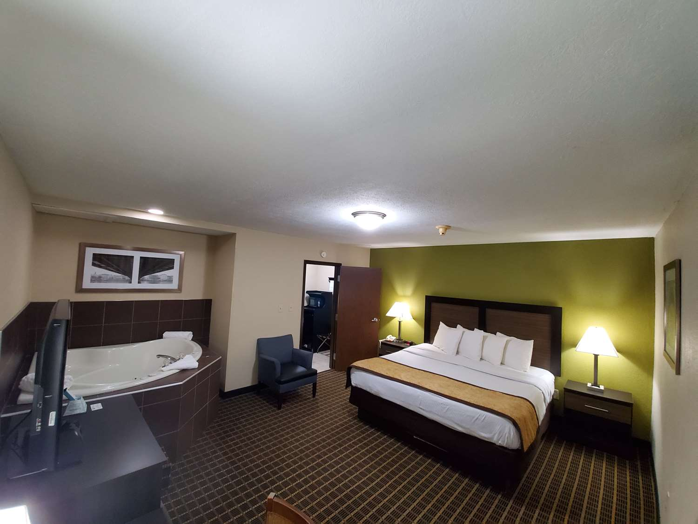 Suite - Best Western Adena Inn Chillicothe