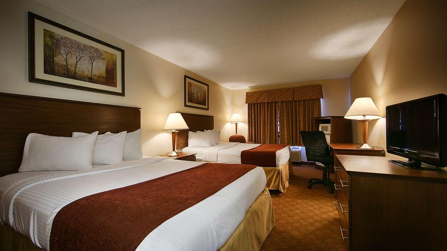 Room - Best Western Lakewood Inn Hebron