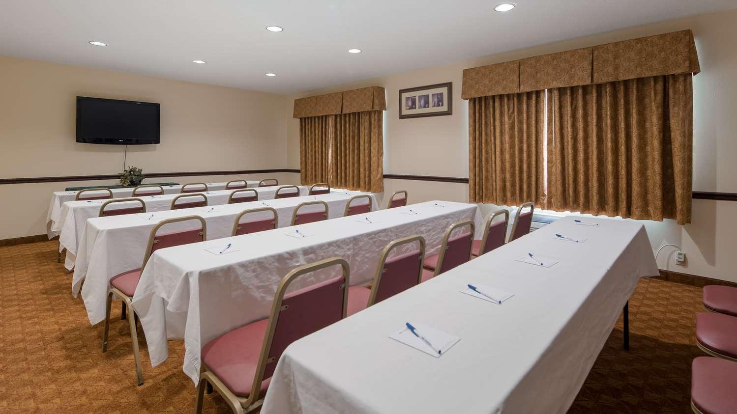 Meeting Facilities - Best Western Lakewood Inn Hebron