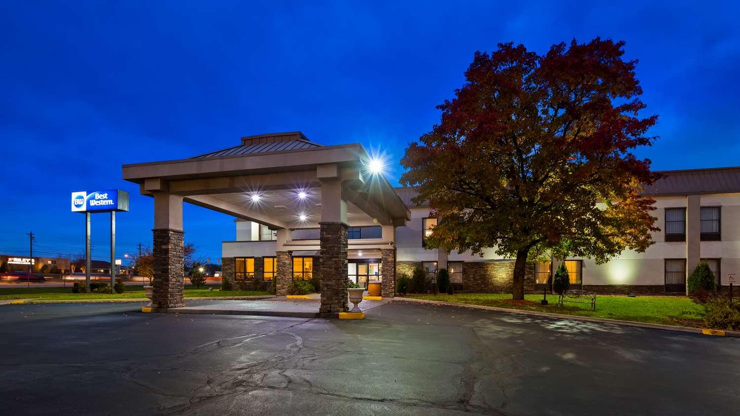 Exterior view - Best Western Monroe Inn